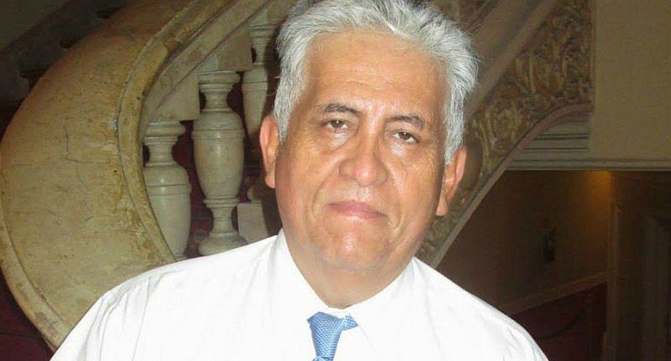Efraín Trelles, periodista deportivo, falleció hoy
