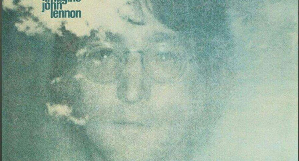 Lennon escribió el tema junto a Yoko Ono. Este fue lanzado en 1979.