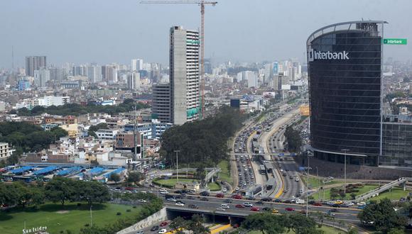 Juan Carlos Moreno, gerente general de Capital Center, calcula que para fin de año se habrán incorporado entre el 20 y 30% de trabajadores a las oficinas. (Foto: GEC)