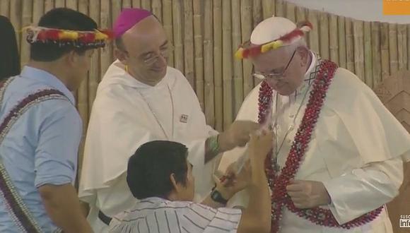 Papa Francisco ya es 'charapa' (FOTOS)