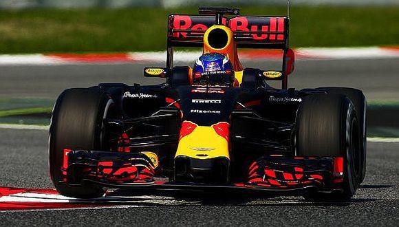 Fórmula 1: Max Verstappen es el más rápido en pruebas en Montmeló