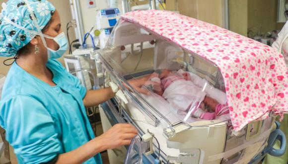 Incendio en Villa El Salvdor: bebe de 23 días de nacida evoluciona favorablemente