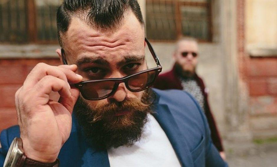Estudio revela que la barba de los hombres tiene más gérmenes que los perros