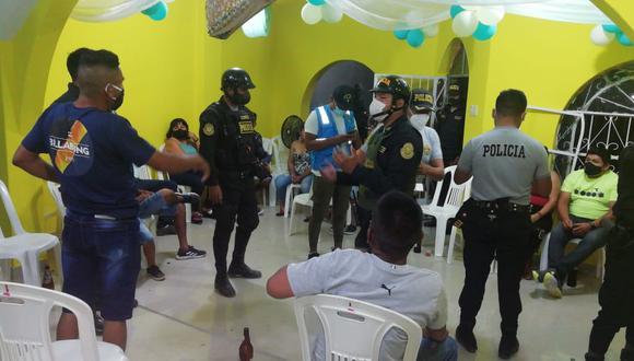 Piura: intervienen a 60 personas que participaban de reuniones sociales sin respetar las medidas de bioseguridad (Foto: Municipalidad de Castilla)