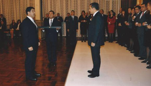 Manuel Gómez de la Torre Araníbar frente al expresidente Ollanta Humala. (Foto: GEC)