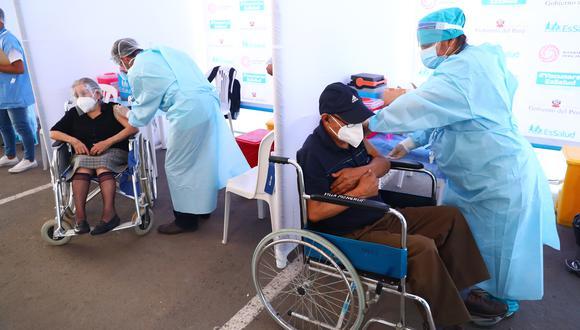 EsSalud es una de las entidades que desarrolla el proceso de la vacunación contra el COVID-19 . (Foto: Archivo GEC)