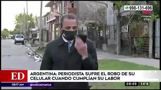 Reportero argentino sufre el robo de su celular en plena transmisión en vivo