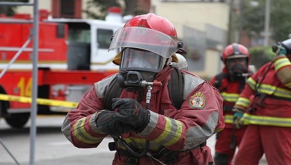 Año Nuevo: Bomberos atendieron 306 emergencias en Lima
