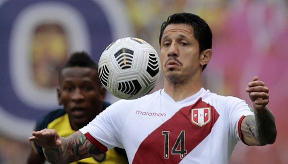 La imagen de Gianluca Lapadula cuando salió cambiado en la victoria de la selección peruana. (Foto: FPF)