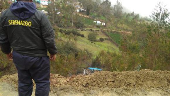 Pasco: Vehículo cae a profundo abismo y muere un padre junto a sus dos hijos (Foto: Andina)