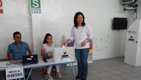 Votación de Keiko Fujimori. FOTO LINO CHIPANA / GEC