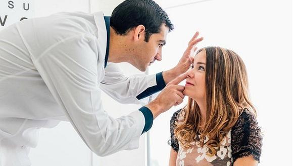 Personas con miopía pueden sufrir de desprendimiento de retina