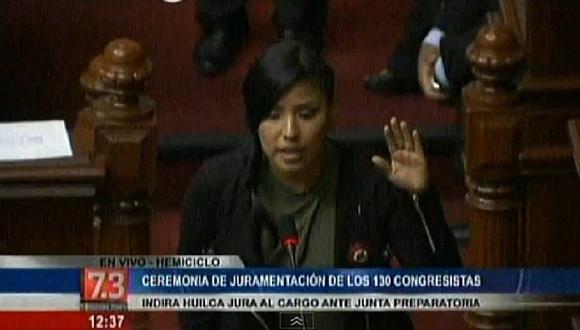 Indira Huilca recuerda a las víctimas del terrorismo y le dan con palo [VIDEO]