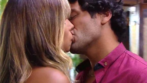 """Alondra GarcÍa Miró y Pablo Heredia protagonizan tierno beso en adelanto de """"Te volveré a encontrar"""". (Foto: Captura)"""