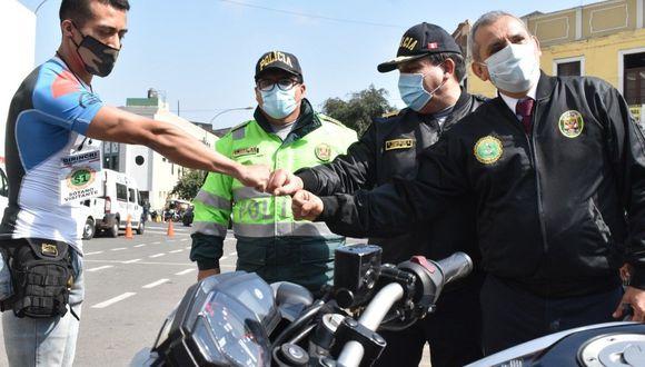 Campeón de fisicoculturismo agradeció la buena la labor de la policía. (Foto: GEC)
