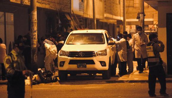 Pedro Ramírez fue asesinado a pocos metros de su vivienda en San Martín de Porres. Peritos de criminalística hallaron en la escena del crimen seis casquillos de bala. ( Foto: César Grados/@photo.gec)