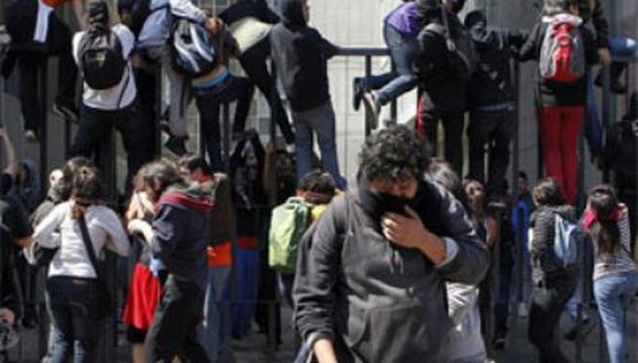 Estudiantes chilenos anuncian movilización antes de fin de año