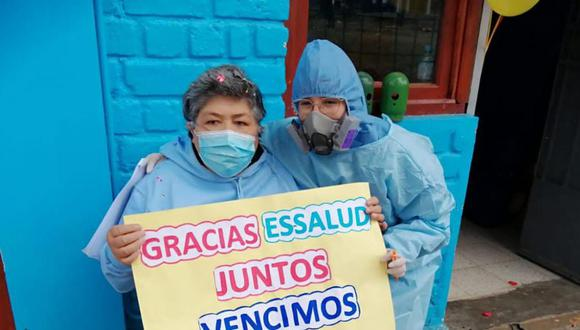 La mujer de 52 años estaba cumpliendo cuarentena en su hogar, sin embargo, su salud se complicó en el transcurso de los días y tuvo que ser hospitalizada (Foto: EsSalud)