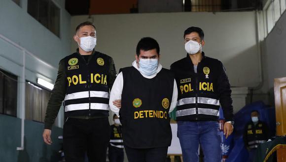 El falso fiscal Rodrigo Avila es investigado en la Depincri La Victoria-San Luis. (Foto:César Bueno @photo.gec)