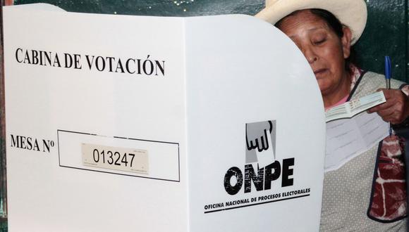 En estas Elecciones Generales, y debido a la emergencia sanitaria por el coronavirus (COVID-19), las autoridades están tomando las medidas necesarias con el fin de evitar la propagación del virus. (Foto: AFP)