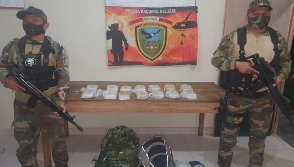 Loreto: La droga incautada fue trasladada a la base de la Dirandro, en Lorero. (Foto PNP)