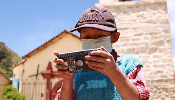 """Ayacucho: Más de 190 mil pobladores de 1200 centros poblados de la región se benefician con el acceso a internet 4G gracias a la iniciativa """"Internet para todos"""". (Foto Difusión)"""