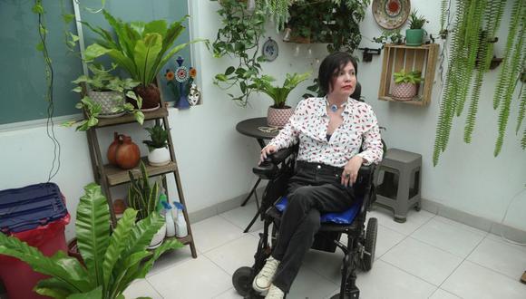 A los 12 años, Ana Estrada (44) fue diagnosticada con polimiositis, una enfermedad degenerativa e incurable. (Foto:AP)