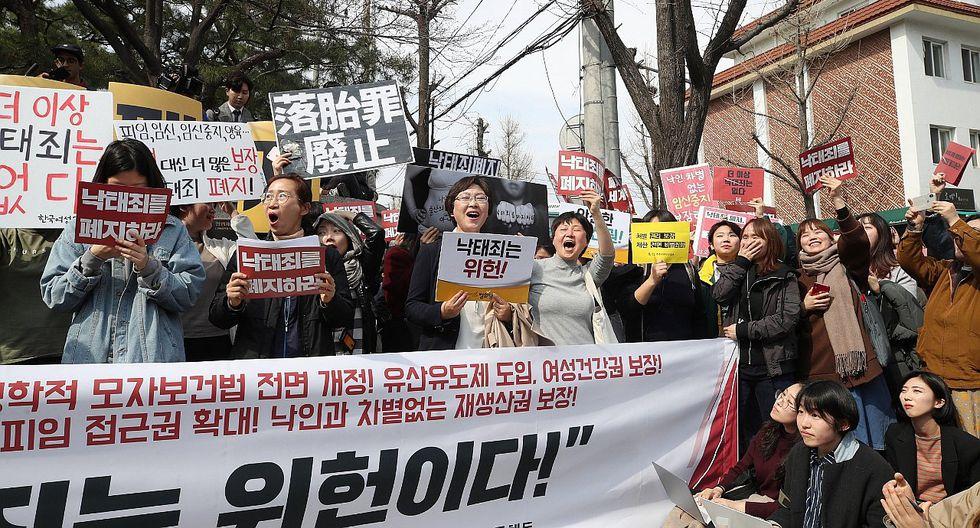 Aprueban el aborto legal y seguro en Corea del Sur (VIDEO)