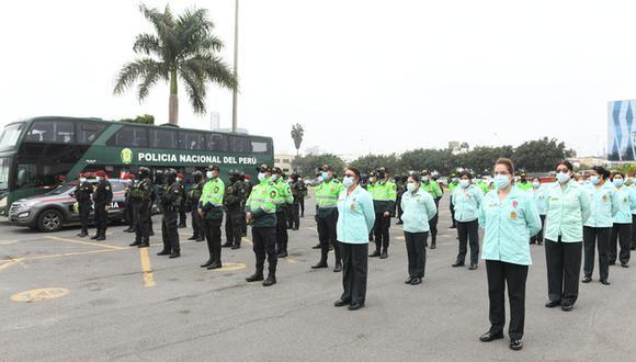 La Policía Nacional recibió un reconocido reconocimiento por su labor en primera línea. (Foto:MININTER)