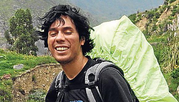 Restos de Ciro Castillo llegaron a Arequipa