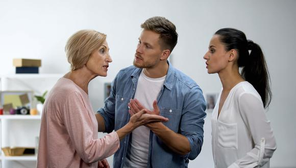 No olvide que su relación con sus padres no tiene por qué desaparecer solo porque existan diferencias con su novio o esposo.