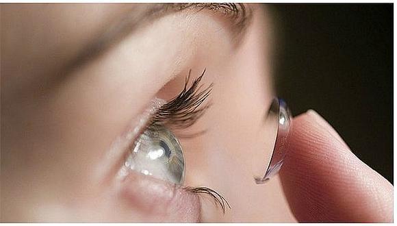 ¿Usar lentes de contacto pueden aumentar el contagio de COVID-19?