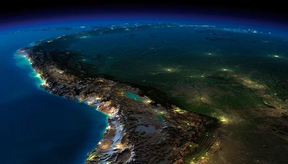 Facebook: Perú captado desde la NASA se vuelve viral