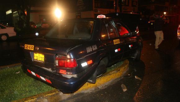 Madre e hija quedan graves tras choque en Chorrillos
