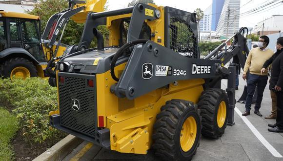 MVCS y OTASS entregan maquinarias por casi 11 millones de soles para 26 EPS en el Perú