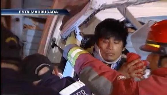 Choque de dos camiones en la Panamericana Sur deja dos heridos de gravedad [VIDEO]
