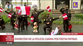 Policía canina brinda exhibición por el Bicentenario