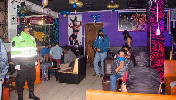 Moquegua: personal de la Municipalidad Provincial de Ilo procedió a la clausura del local nocturno.