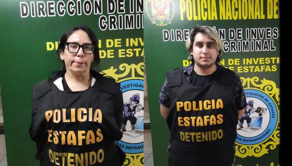 Dos de los detenidos por el presunto delito contra la salud pública en la modalidad del ejercicio Ilegal de la medicina.(Foto:PNP)