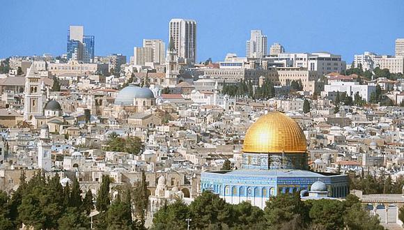 Trump posterga  plan de trasladar a Jerusalén la embajada de EE.UU. en Israel
