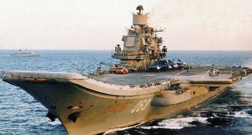 OTAN sigue a portaaviones ruso que atacará a terroristas en Siria