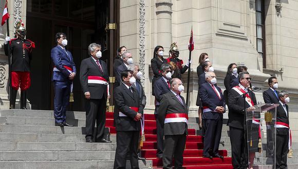 El Gabinete Ministerial liderado por Ántero Flores-Aráoz presentó su renuncia al cargo. (Foto: Presidencia)