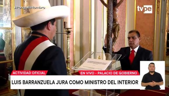 Luis Barranzuela juró como ministro del Interior en reemplazo de Juan Carrasco. Foto: Captura