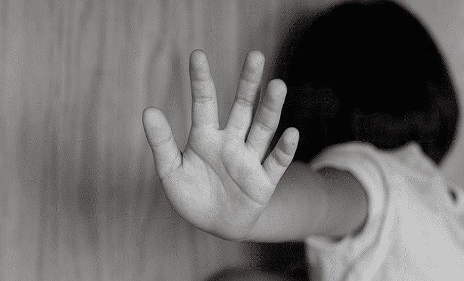 Trece jóvenes violan y abusan a menor de edad por todo un mes