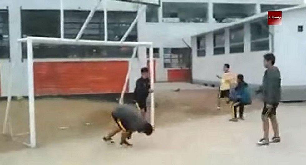 Raúl Ruidíaz: Escolares realizan propia versión del polémico gol y son un éxito
