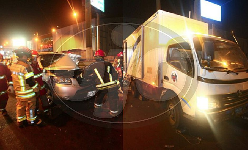 Vehículo se empotra contra camión de la Municipalidad de Lima (FOTOS Y VIDEOS)