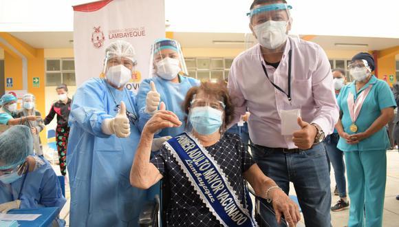 Lambayeque: abuelita de 95 años fue la primera adulta mayor en recibir la vacuna contra el COVID-19 (Foto: Geresa Lambayeque)