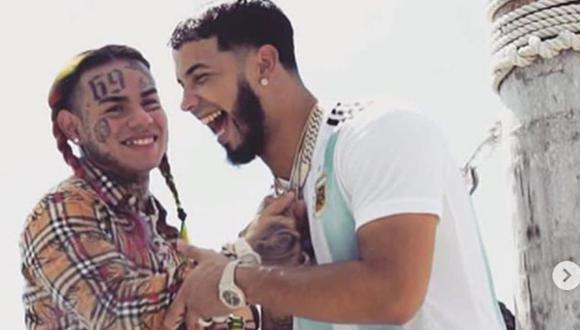 Tras lanzar BEBE, el puertorriqueño colaborócon el rapero para MALA, otro éxito (Foto: Tekashi 6ix9ine / Instagram)