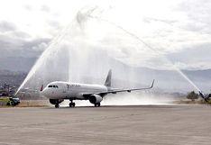 Cusco: así arribó el primer avión luego del confinamiento por el coronavirus   VIDEO