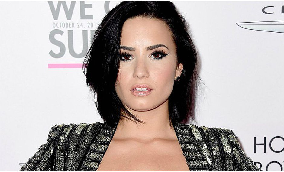 Demi Lovato usó prenda que no favoreció su silueta [FOTO]